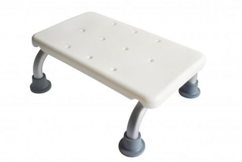 Aluminium Bath Step with Non-slip Feet Textured Surface with Drainage Holes